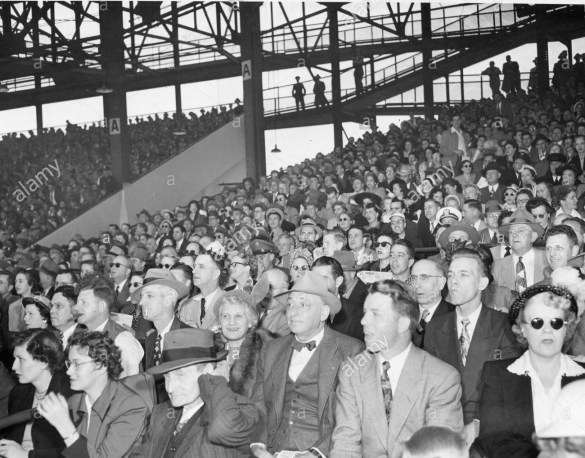 view-of-the-crowd-in-griffith-stadium-at-opening-game-of-the-1950-HYNGHE